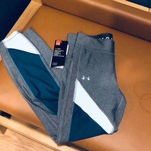 🍃🖤🆕 Under Armour heat gear compression leggings